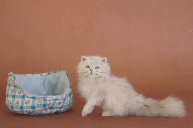 OOAK Handmade White Persian cat 1:12 scale