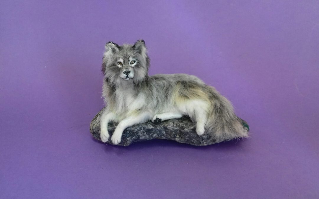 1:12 scale Gray Wolf